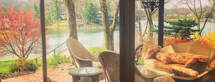 Dean Lake Waterfront Homes